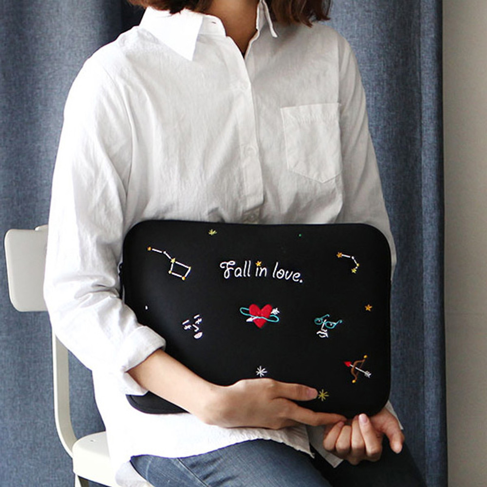 Black - Day Day 13 inches laptop pouch case