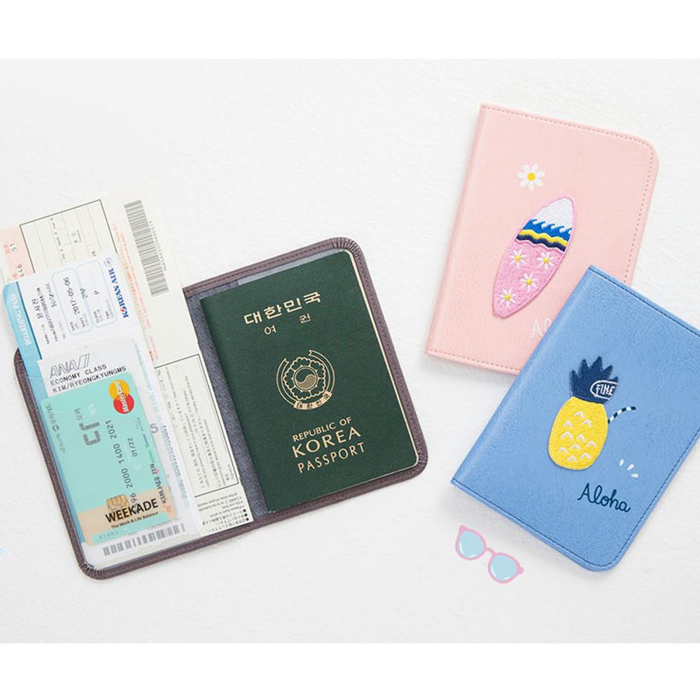 Tropical travel passport holder case