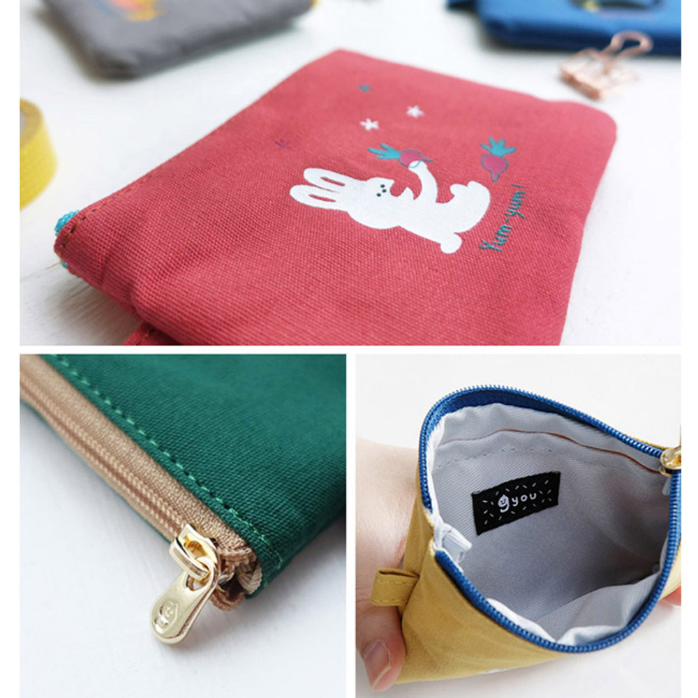 Detail of Hey buddy soft flat small zipper pouch