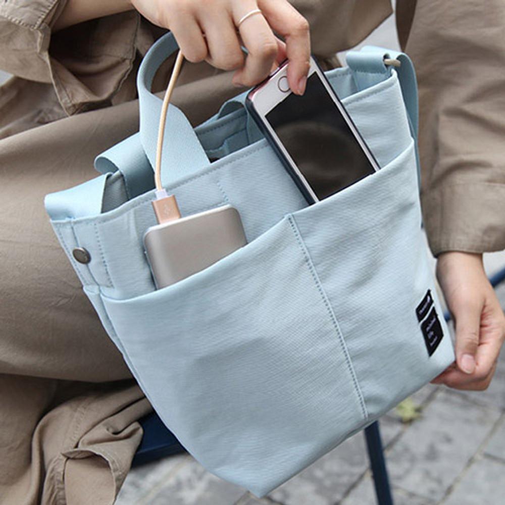 Soft blue - Travelus travel bucket shoulder bag