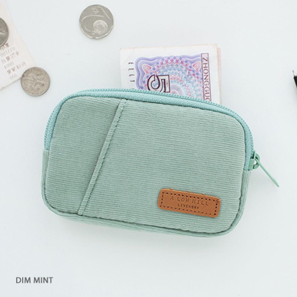 Dim mint - A low hill winter corduroy pocket card case