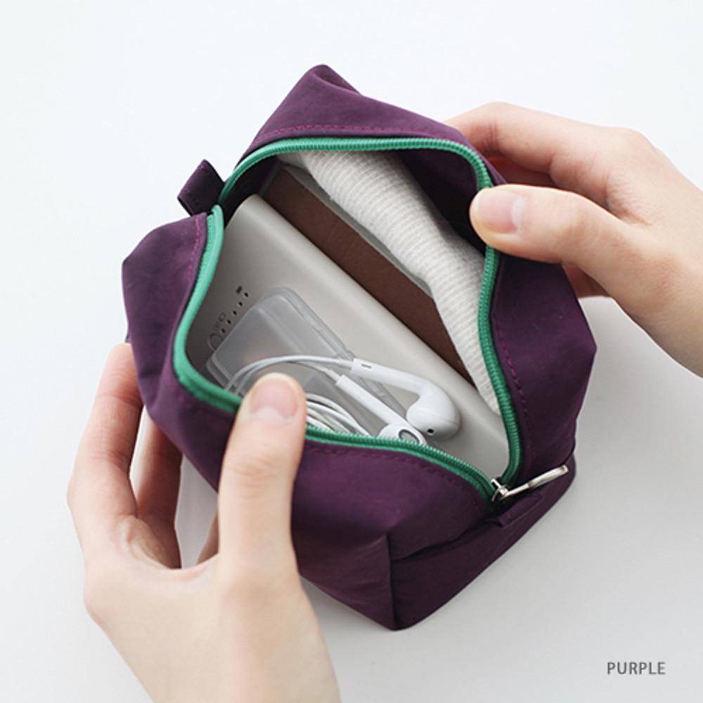 Purple - Som Som stitch cosmetic makeup zipper pouch