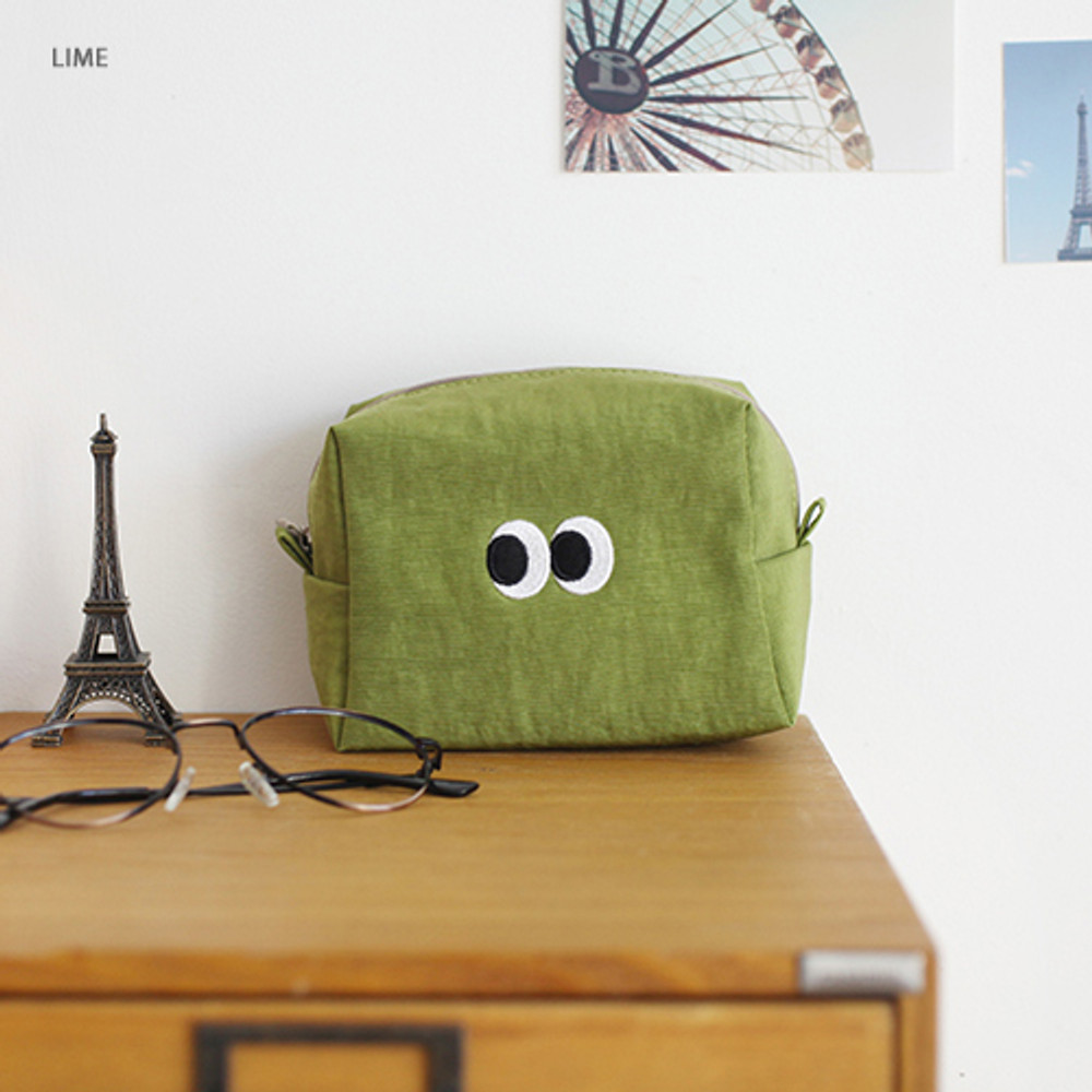 Som Som stitch cosmetic makeup zipper pouch