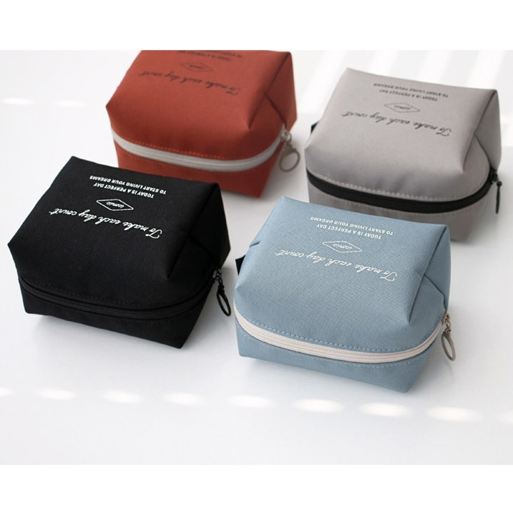 ICONIC Plain cosmetic makeup small zipper pouch