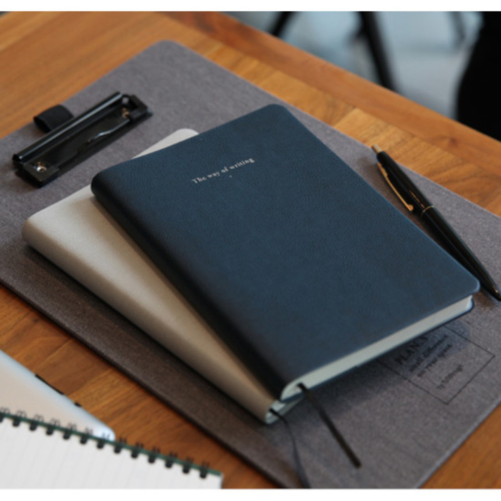 Classic navy - Notable memory quad lined and plain notebook