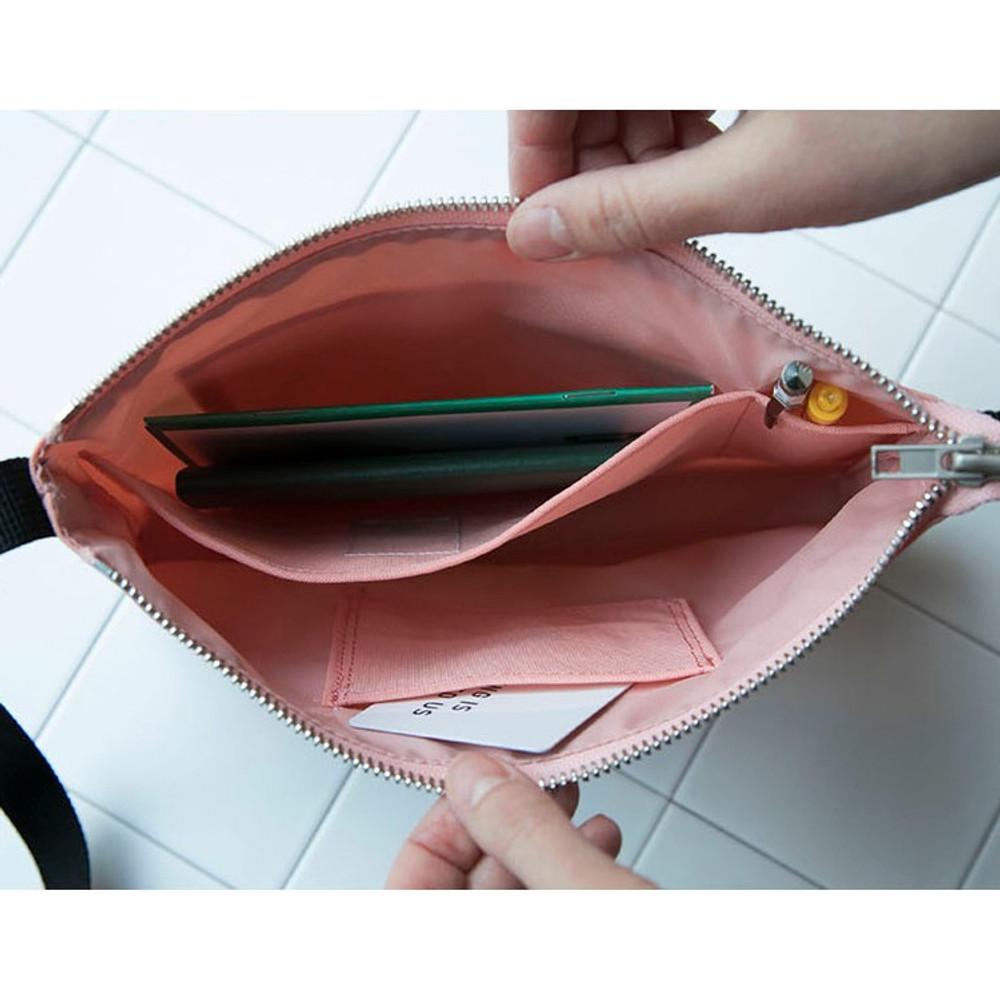 Inner pockets - BNTP Washer daily small crossbody bag