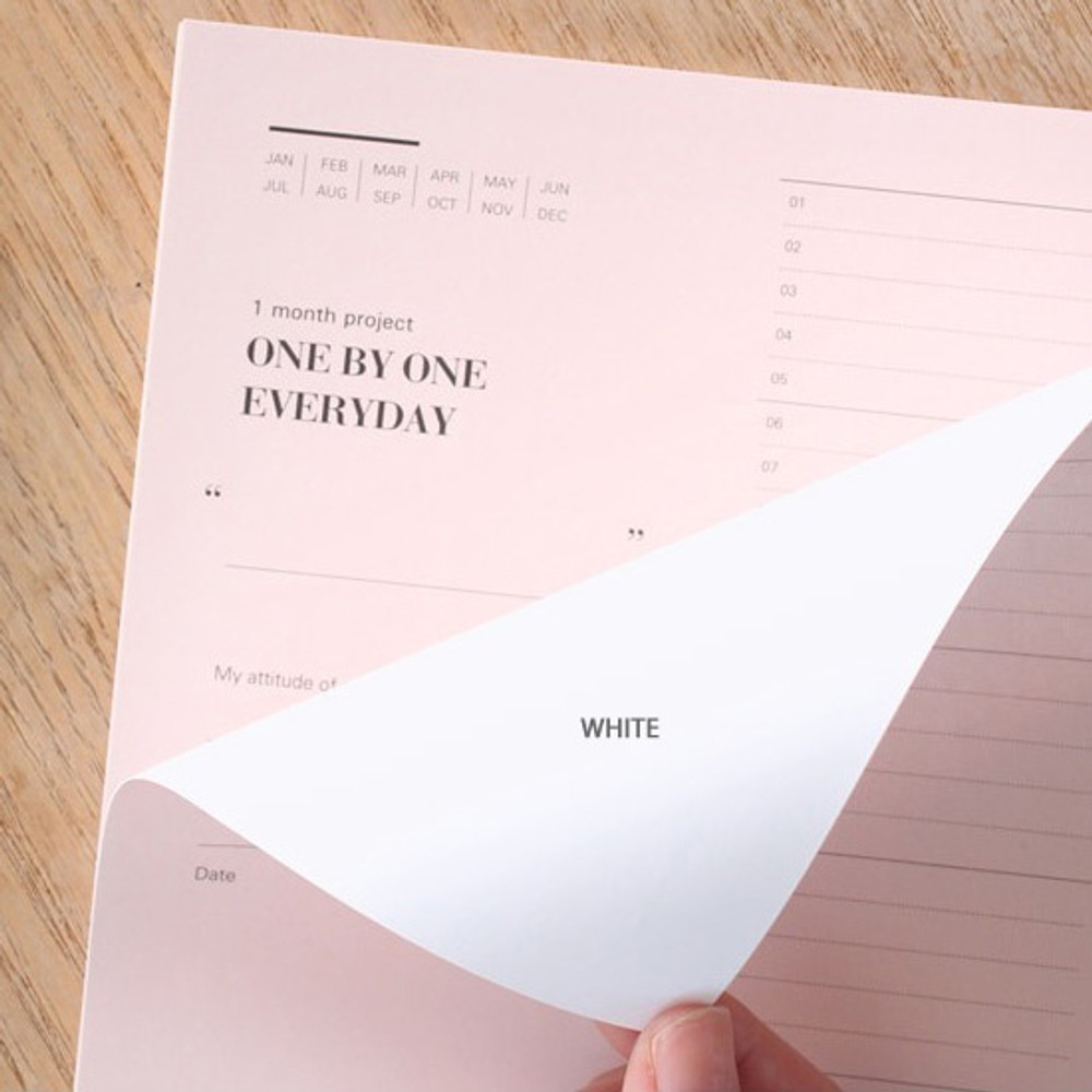 The back of One day one pink 30 days goal planning tracker checklist