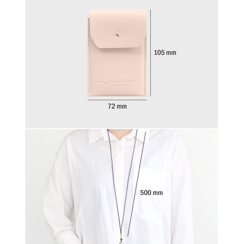 Size of Un jour de chance slim pocket card case with neck strap