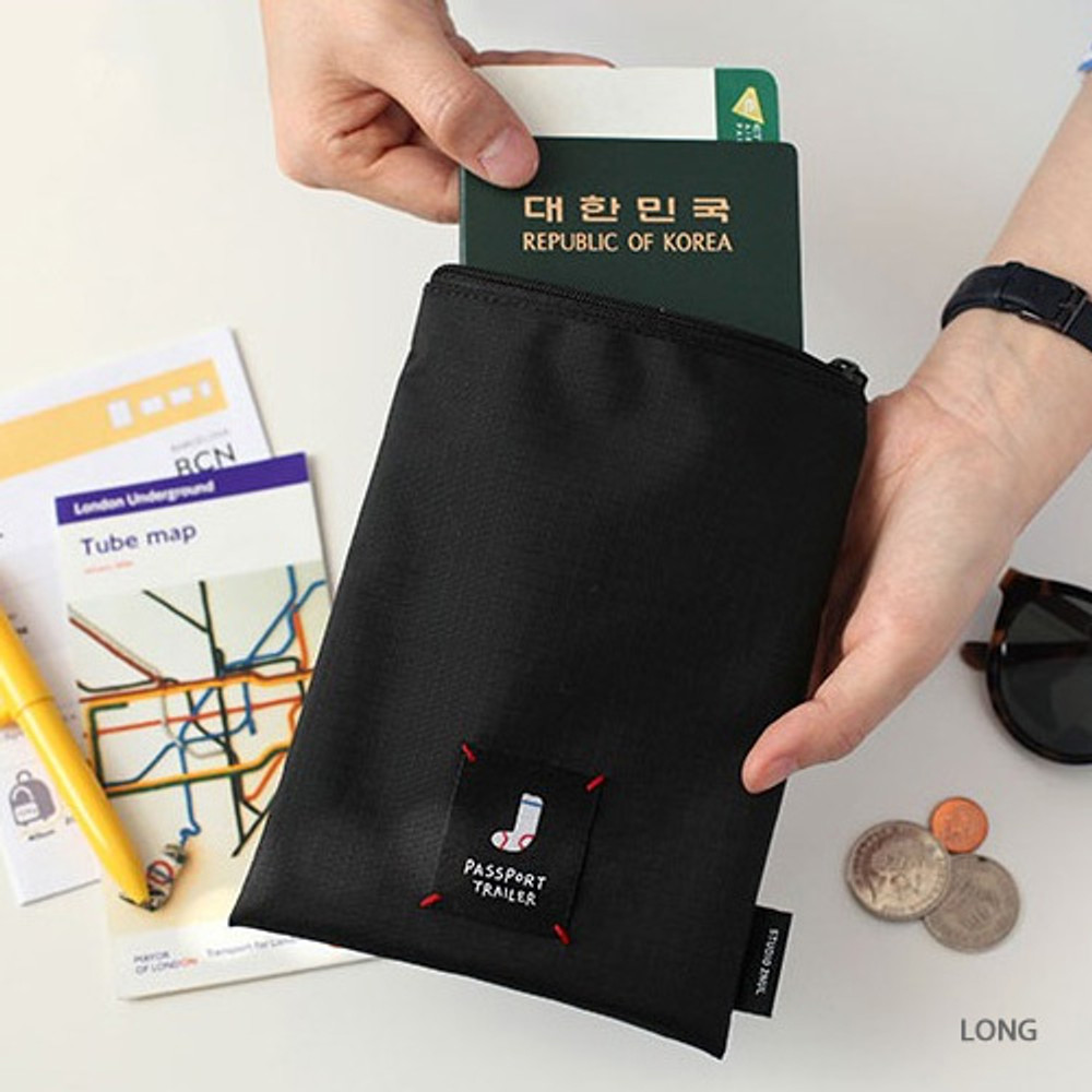 Long - Long or short water resistant passport pouch