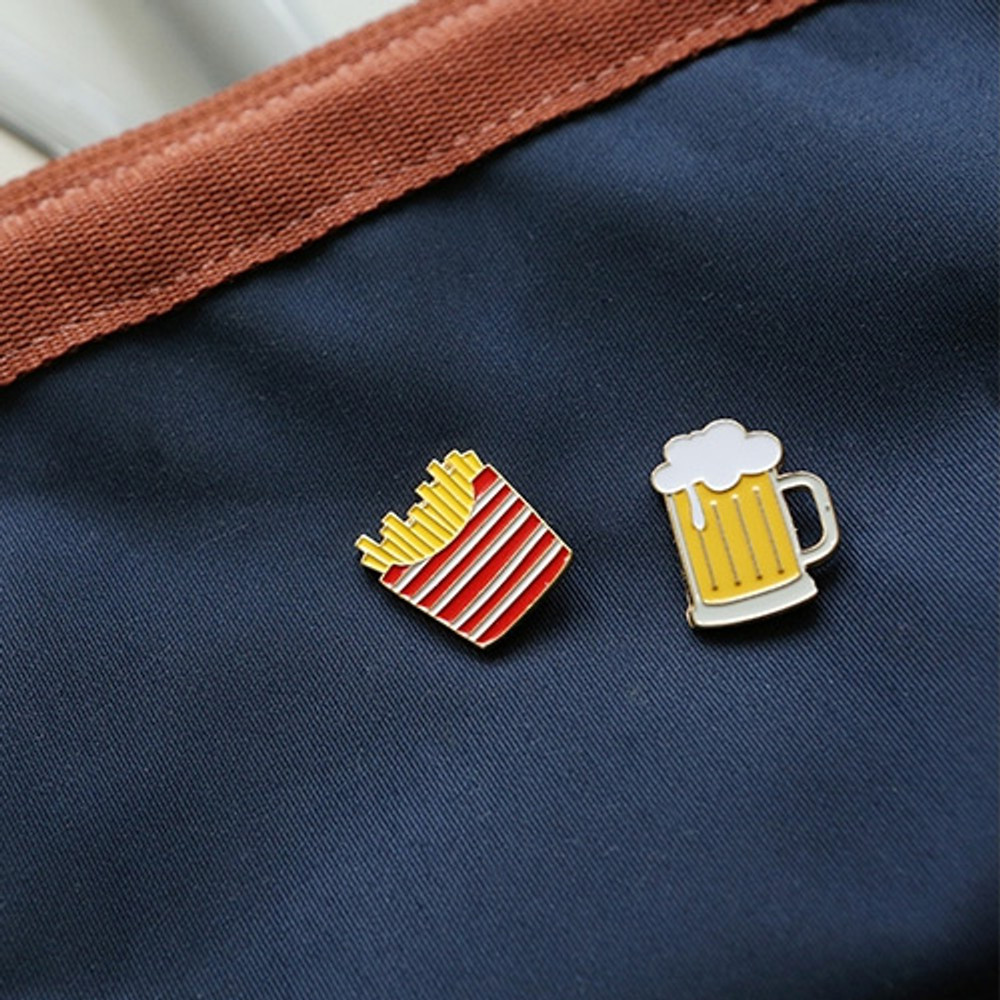 Daily 24k gold plated badge set