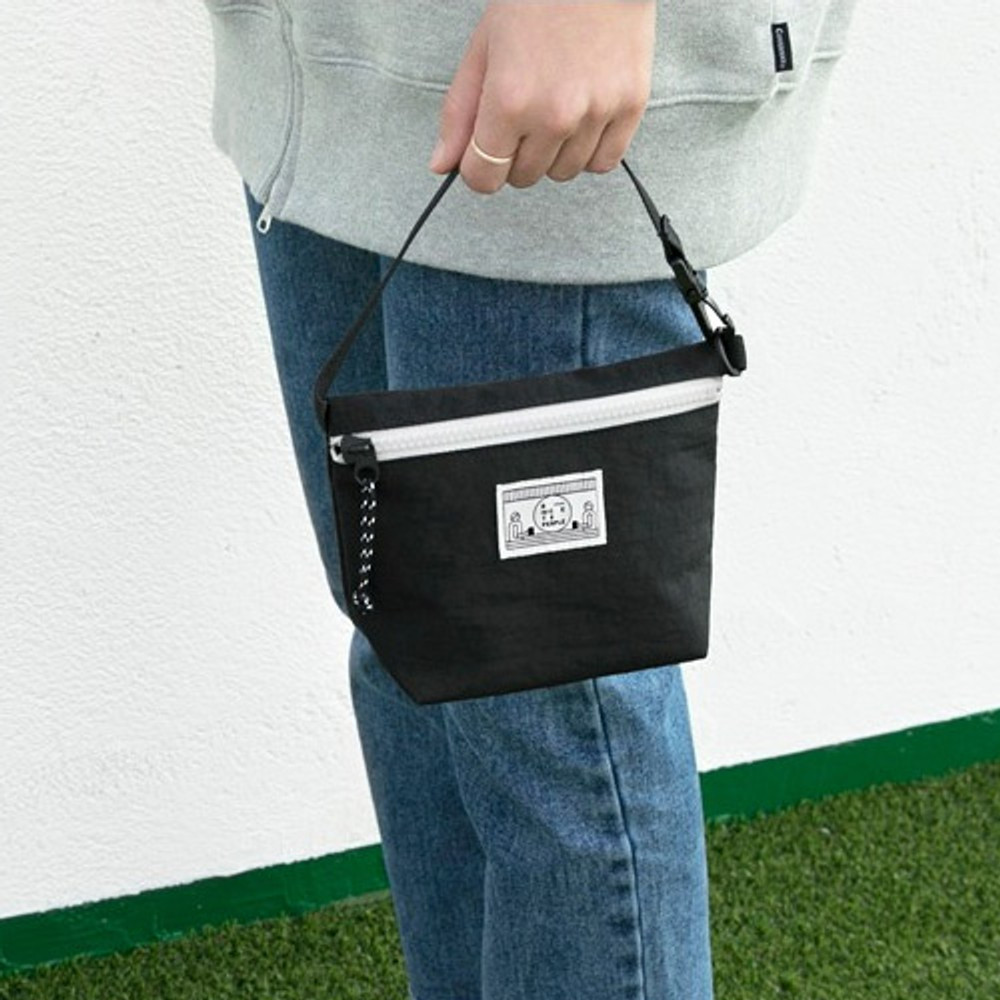 Black - Washer zipper pouch with wrist strap