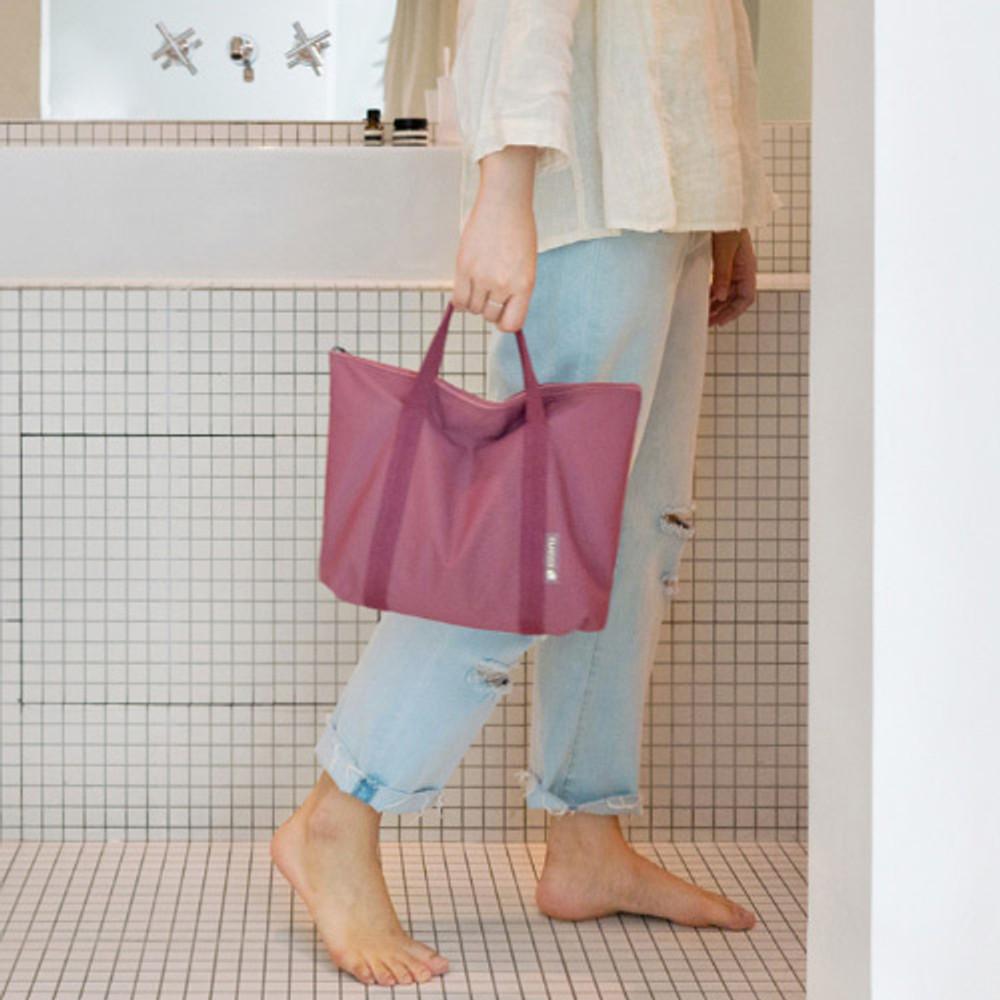 Indi pink - Byfulldesign Travelus travel medium zipper tote bag