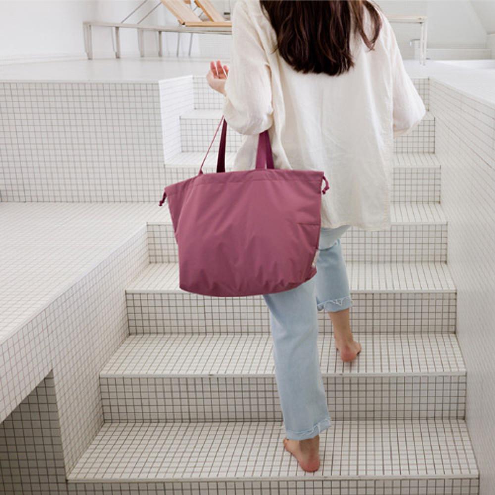 Indi pink - Travelus travel pocket drawstring shoulder tote bag