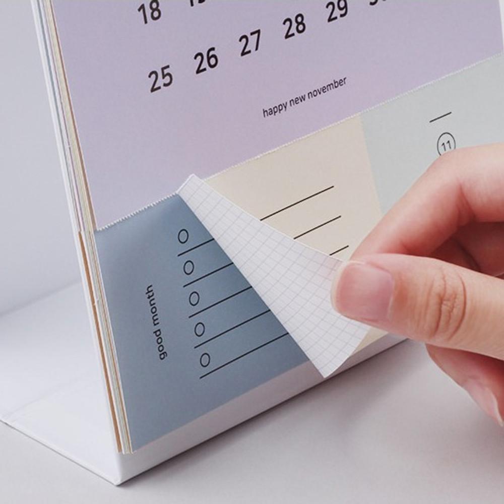 Checklist - 2019 Happy spiral bound color desk calendar