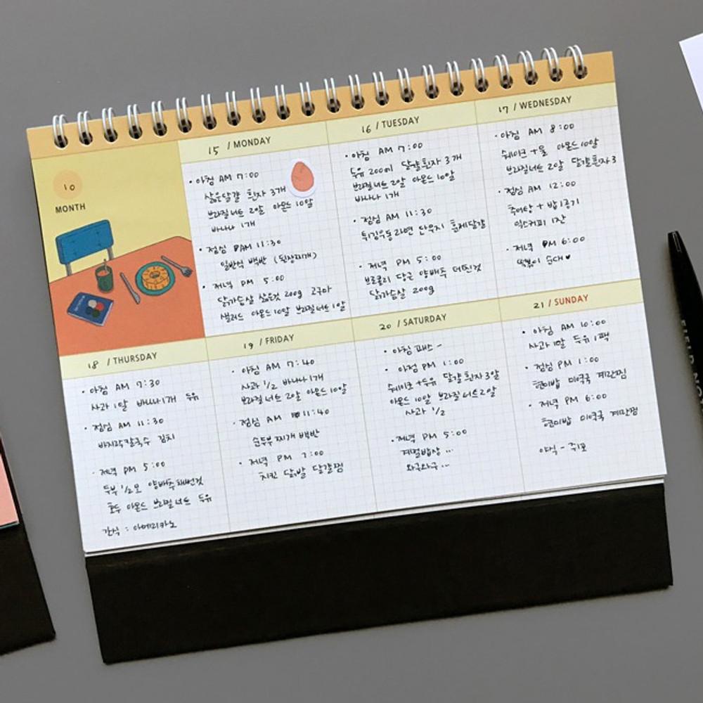 Weekly plan - 6 months undated weekly desk scheduler