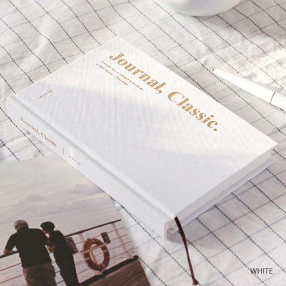 White - Wanna This Classic journal dateless daily agenda diary