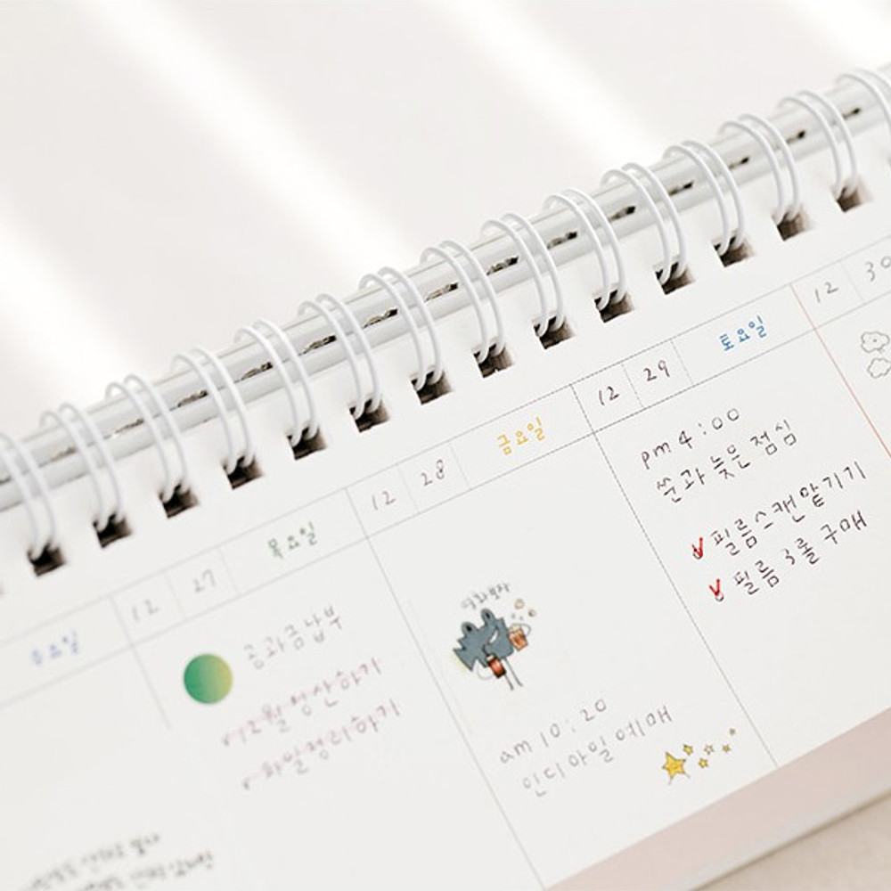 Example of use - Todac Todac spiral undated weekly desk planner