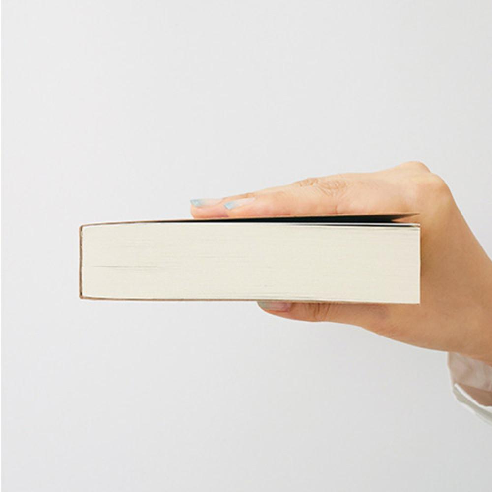 Detail of I'm Light handy plain notebook