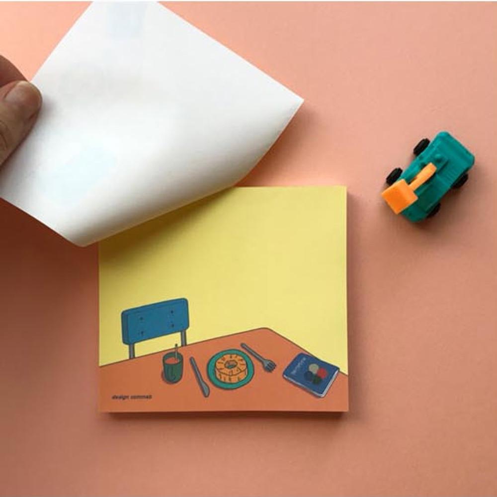 Memowang desk illustration memo notepad