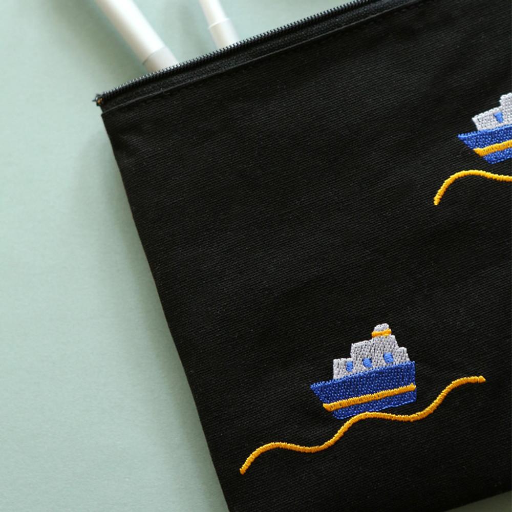 Dailylike Embroidery rectangle fabric zipper pouch - Ship