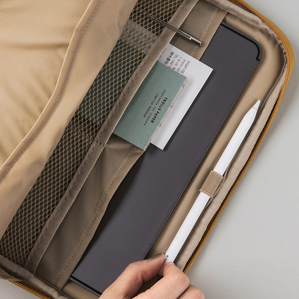 Pockets and pen holder - pocket tablet iPad zip pouch ver5