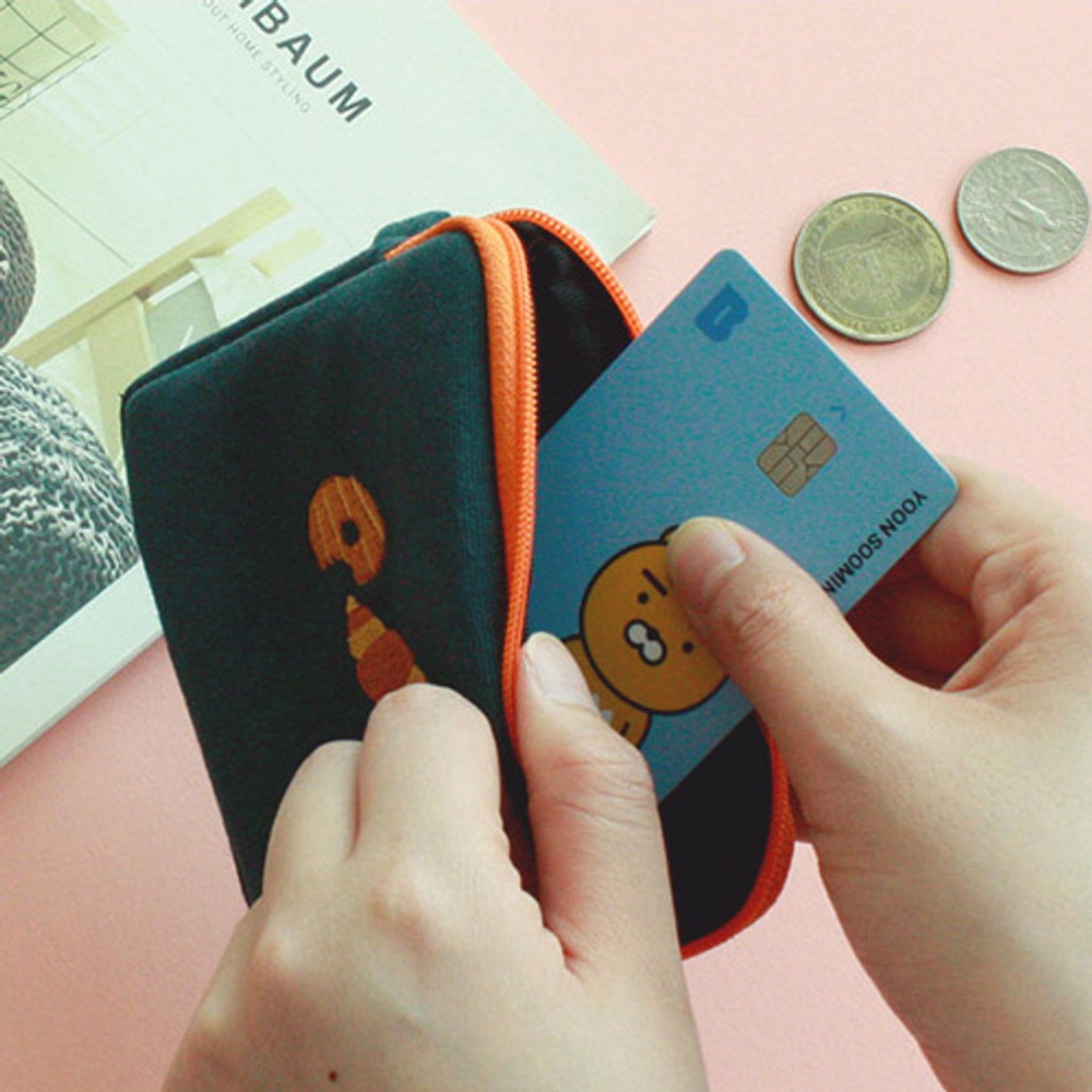 Example of use - Wanna This Tailorbird embroidered card case wallet ver4
