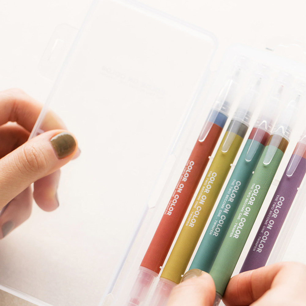 Comes with case - Vintage 10 Colors double ended color gel pen set