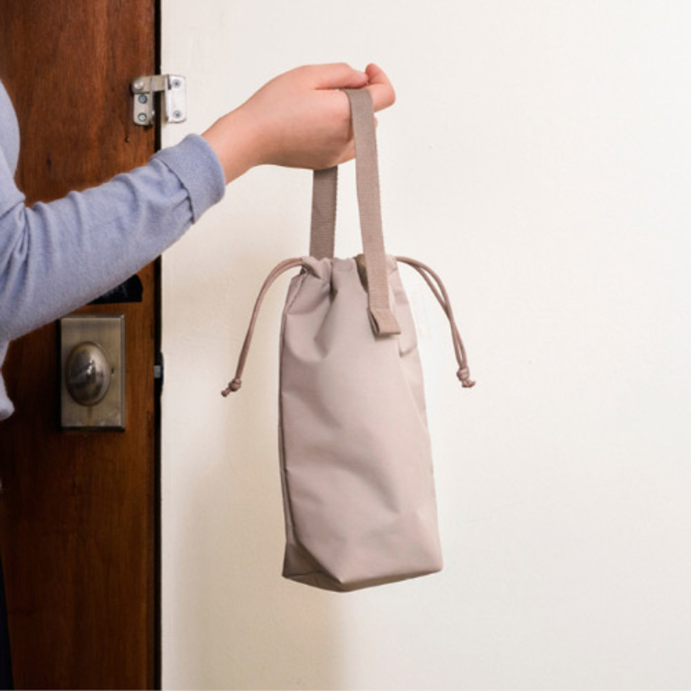 Example of use - Byfulldesign Travelus air bag two way long pouch bag
