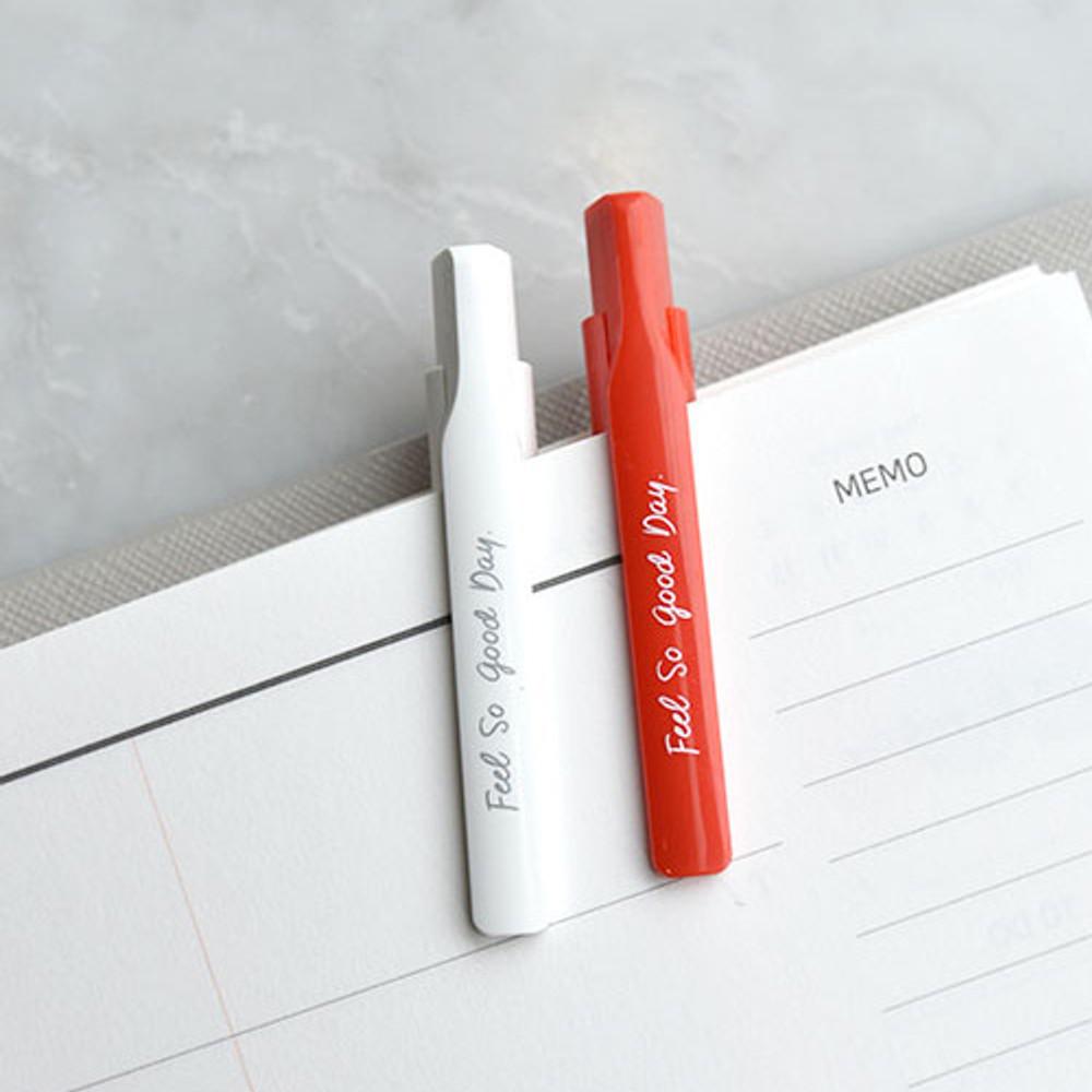 Clip - Play obje Retro daily 1mm black ballpoint pen