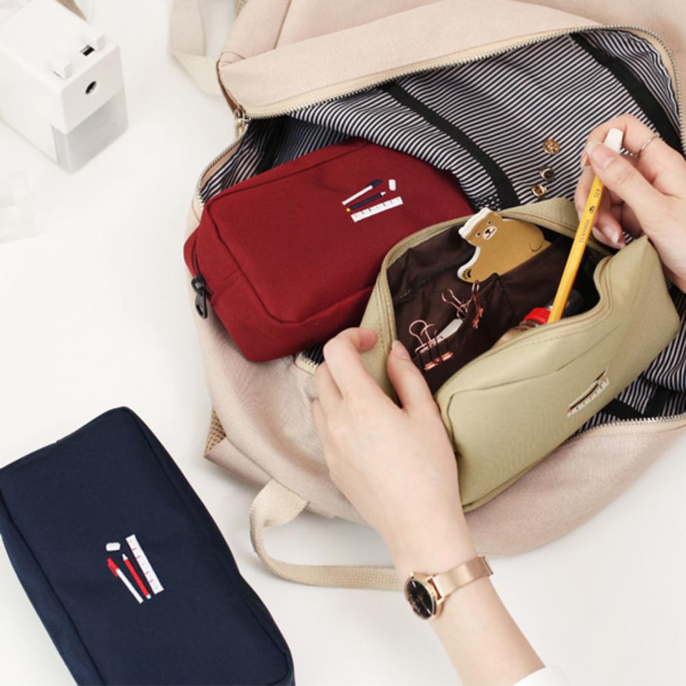 Example of use - 2NUL Bulky zipper pencil case pen pouch