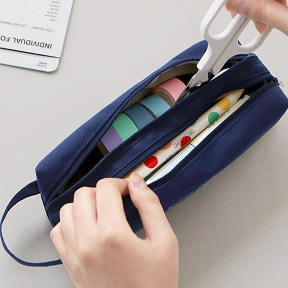 Example of use - ICONIC Bonheur constant double zipper pencil case pen pouch