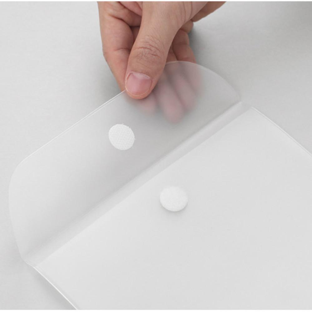 2NUL Smile A5 size clear snap file folder case pouch