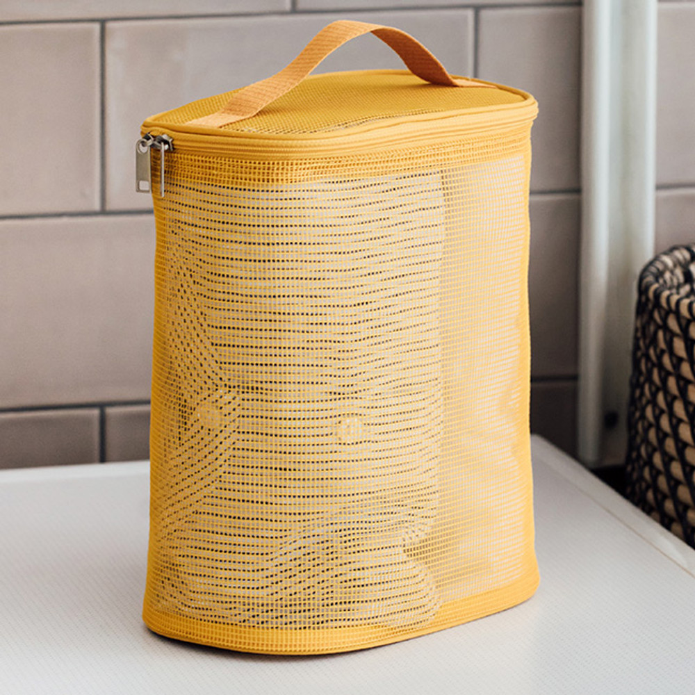 Livework A low hill spa mesh travel zipper tote bag