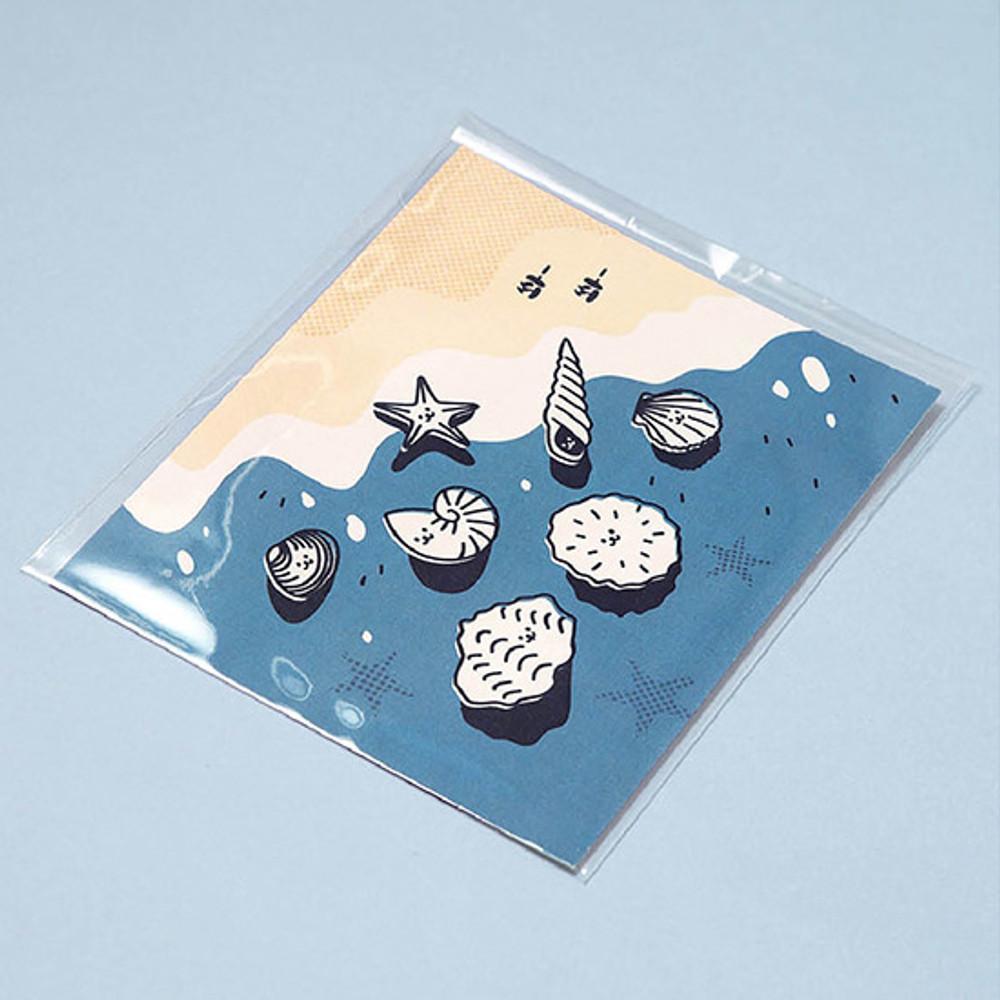 Package - Ardium Cute virus message postcard