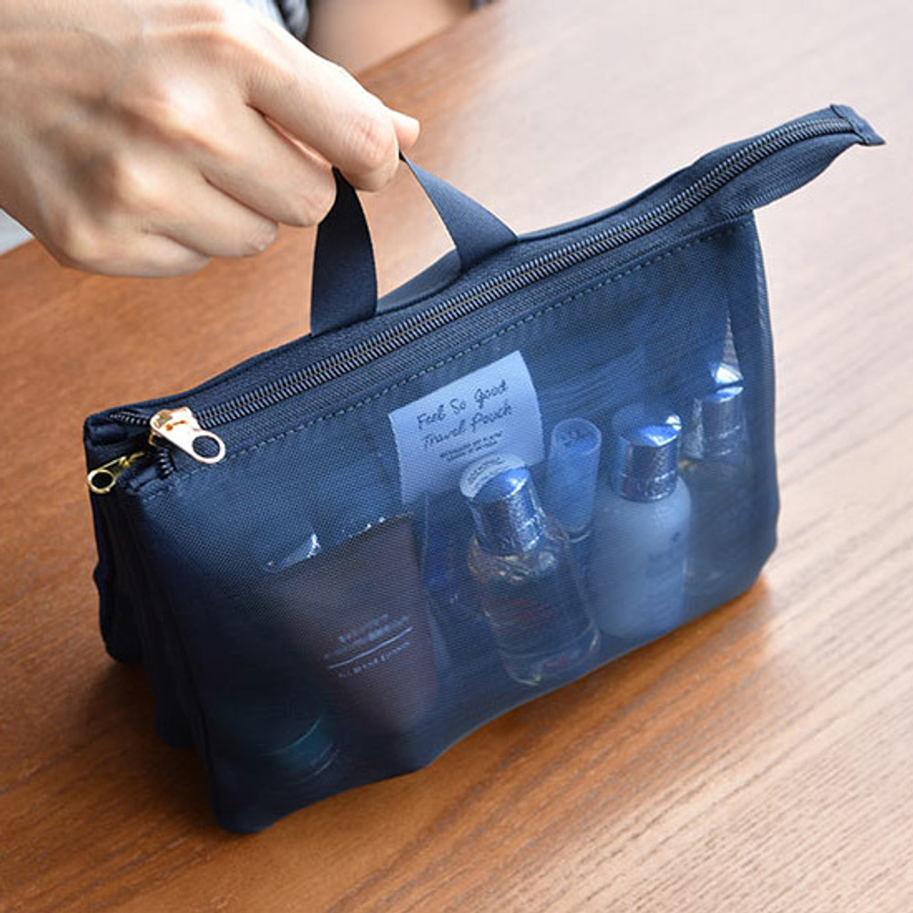 Handle - Play Obje Feel so good 3 pockets travel mesh zipper pouch