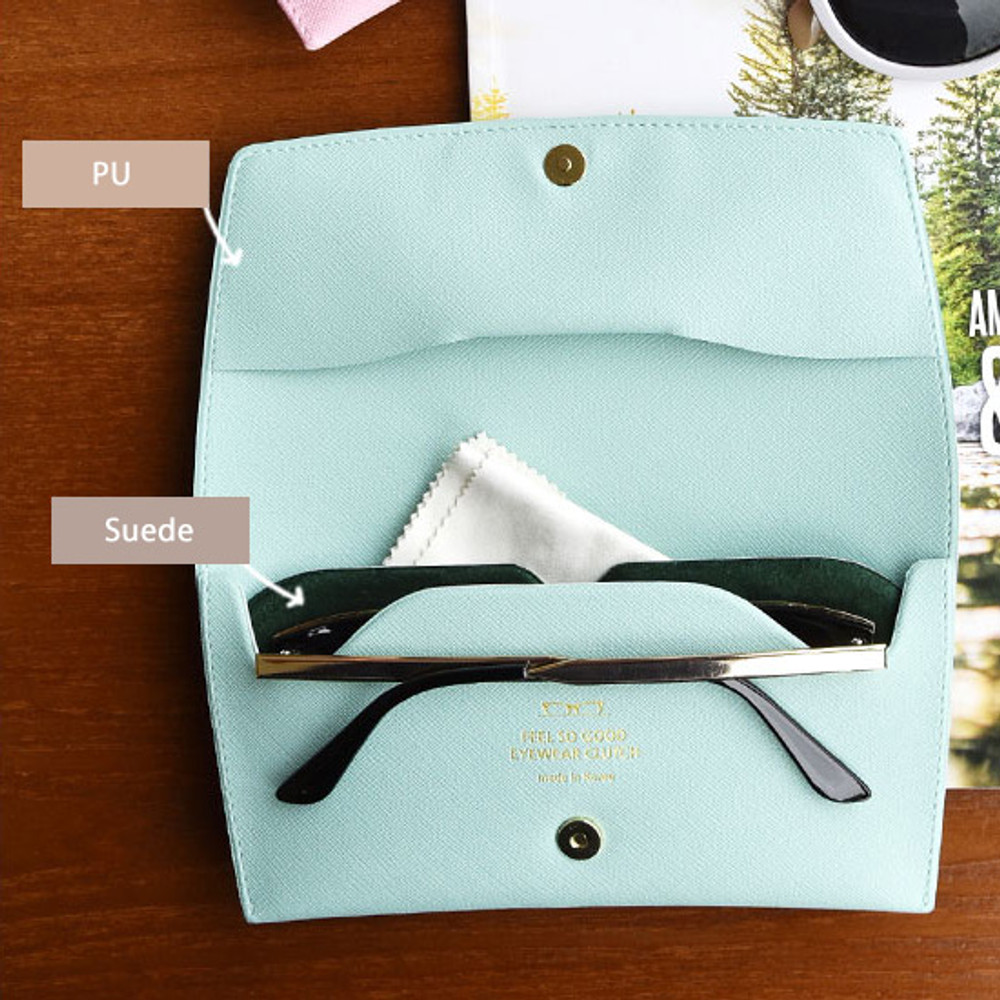 Material - Play Obje Feel so good eyewear clutch pouch bag