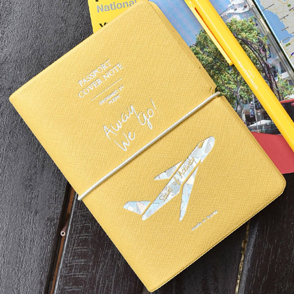 Play Obje Alway we go hologram passport cover holder with a travel planner