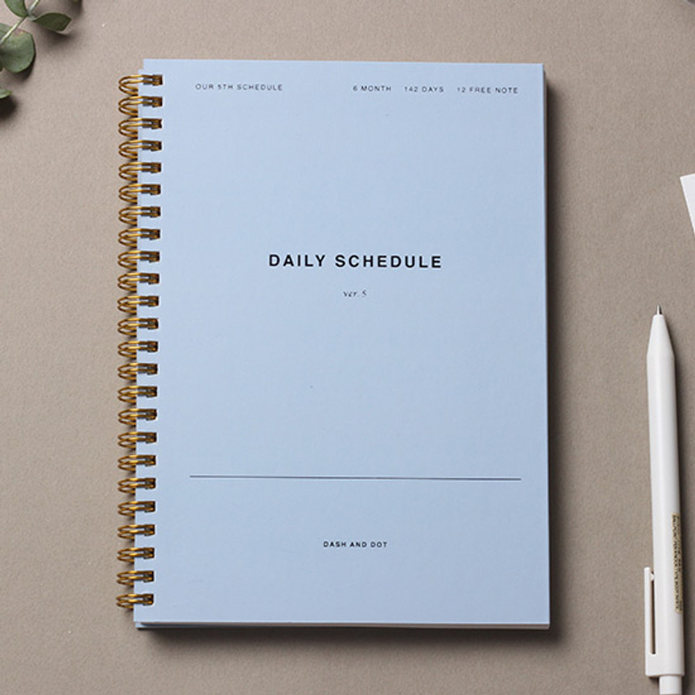 Blue - Dash and Dot P&B 6 months spiral undated daily planner ver5
