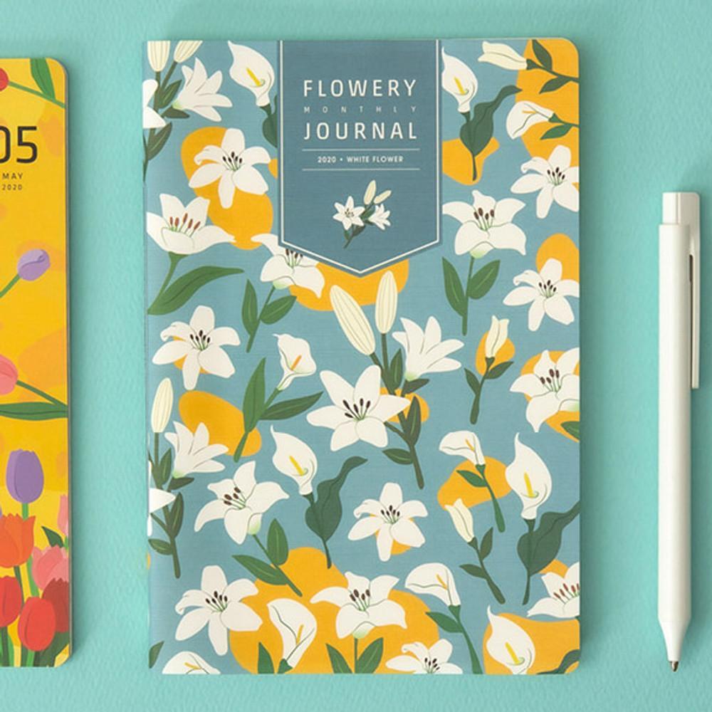 White flower - Ardium 2020 Flowery dated monthly journal planner