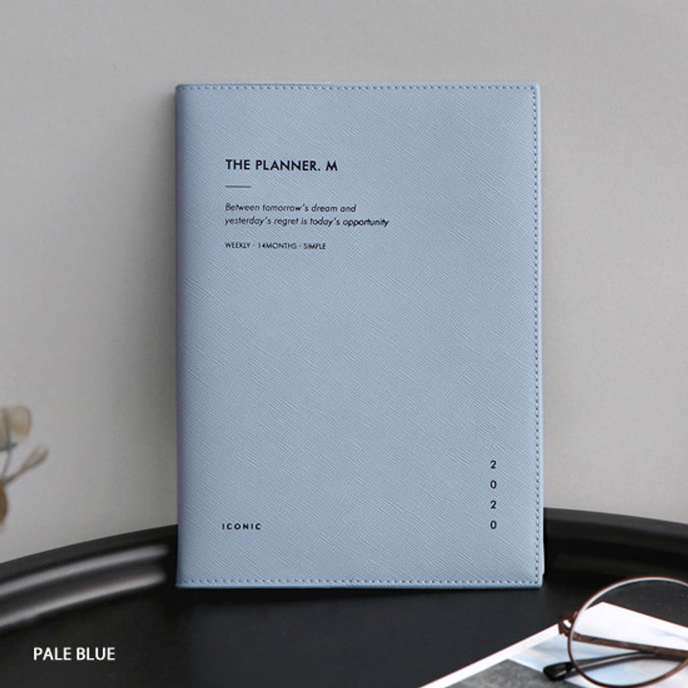 Pale blue - ICONIC 2020 Simple medium dated weekly planner scheduler