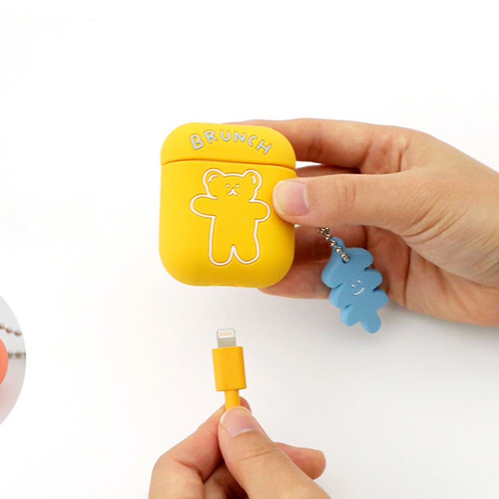 How to use - Bear basic AirPods case silicone cover