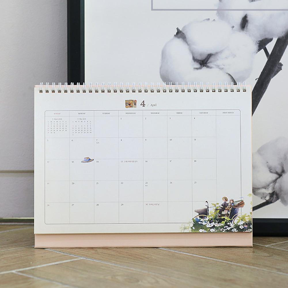 2020 Anne story dated monthly desk scheduler planner
