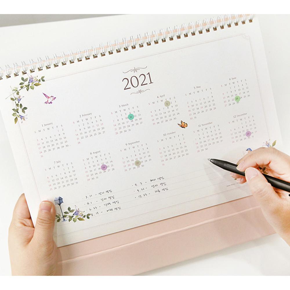 2021 calendar - 2020 Anne story dated monthly desk scheduler planner