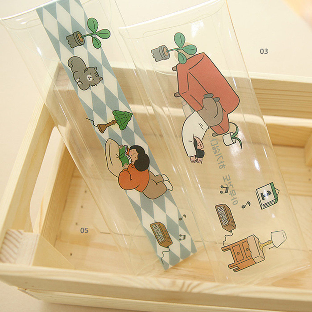 03, 05 - Monologue clear folding pencil case