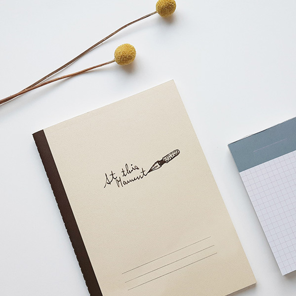 Beige pen- O-CHECK Le cahier bonne pensee medium dot notebook