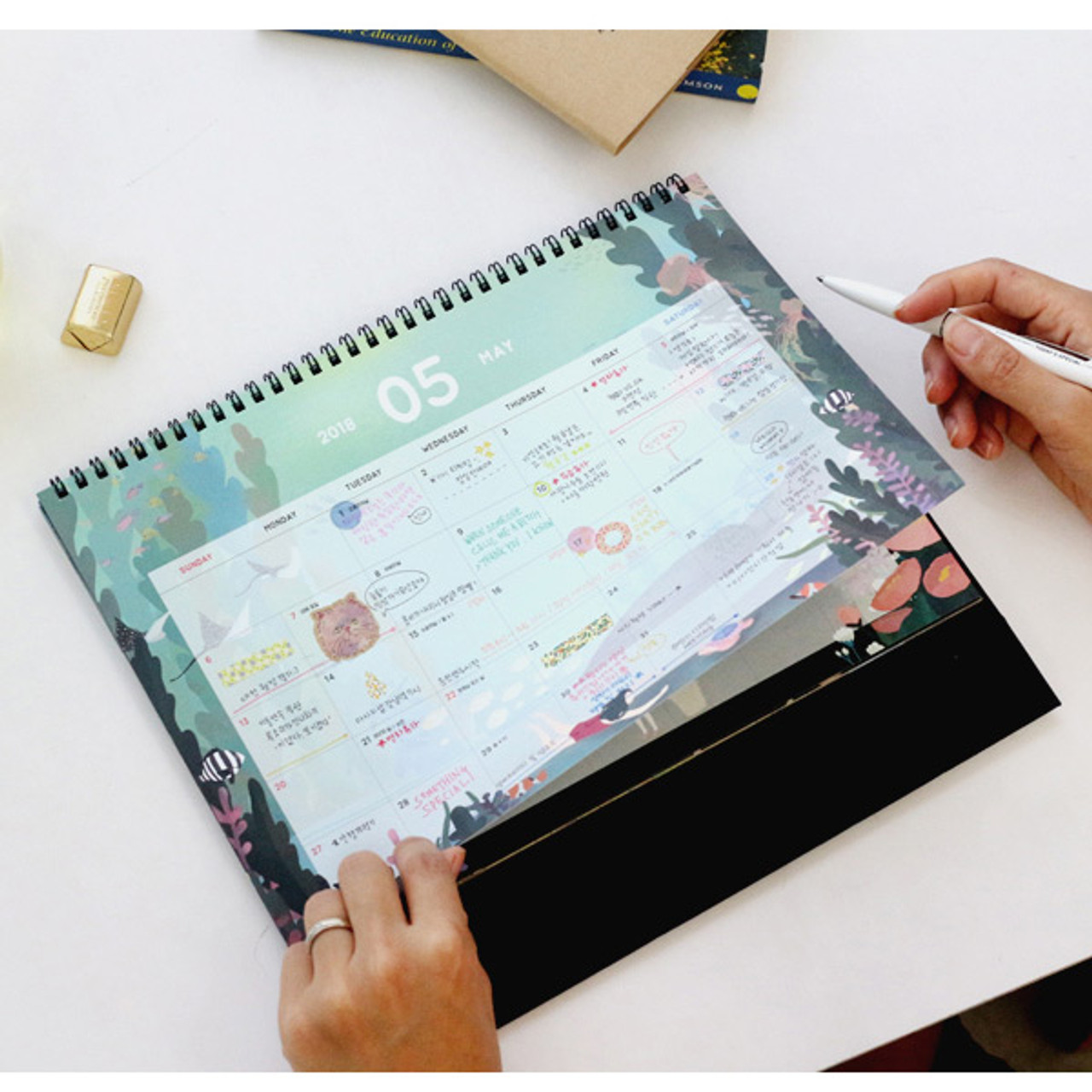 Wanna This 2018 Bon Bon Spiral Bound Large Desk Calendar