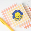 Freesia - Wanna This Picnic 6mm check 4 designs memo notepad
