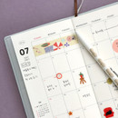 Monthly plan - Iconic 2021 Simple small dated weekly planner