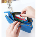 Internal card pockets