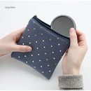 Gray blue - Warm breeze blows square zipper pouch